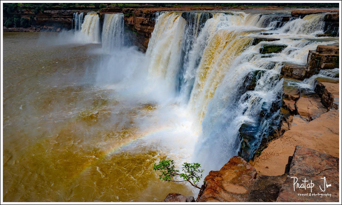 Rainbow at Chitrakote Falls