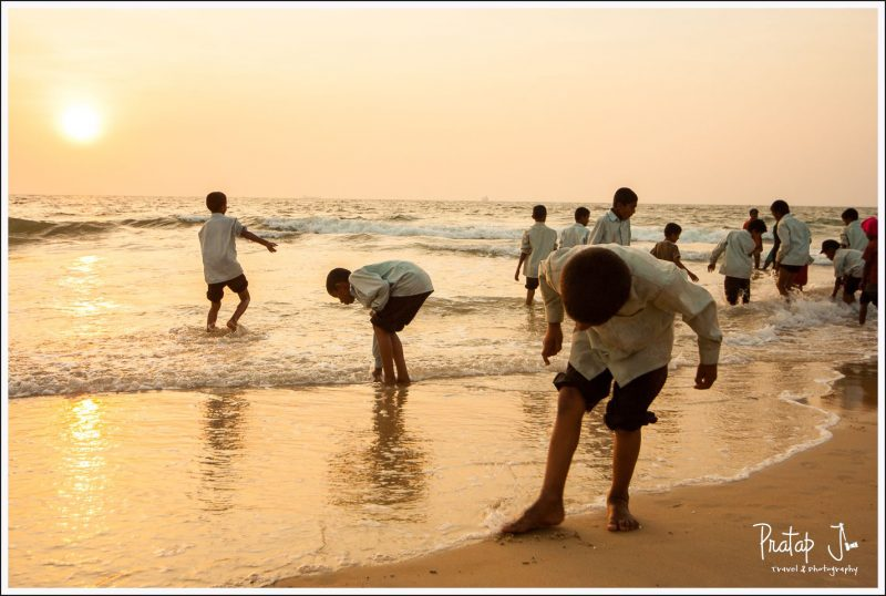 School children on an excursion to the beach at Panambur