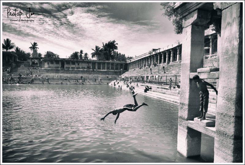 Adventurous young pilgrims dive into the Kalyani