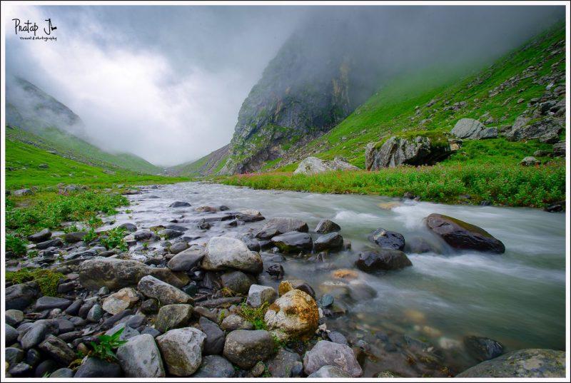 Hiking to Balu Ka Gera along a stream