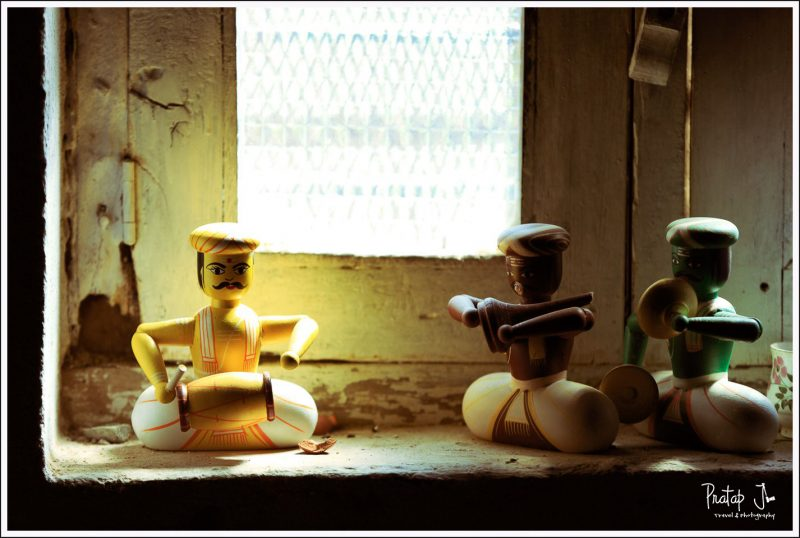 Traditional wooden toy musicians